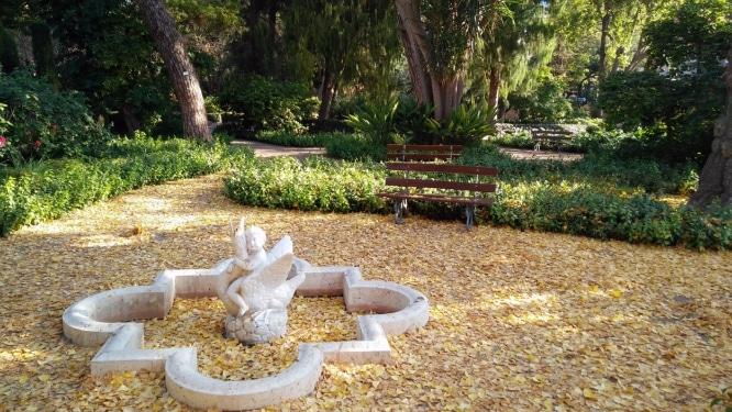 Jardines-de-Monforte-del-Real-Valencia-Spain-9-666