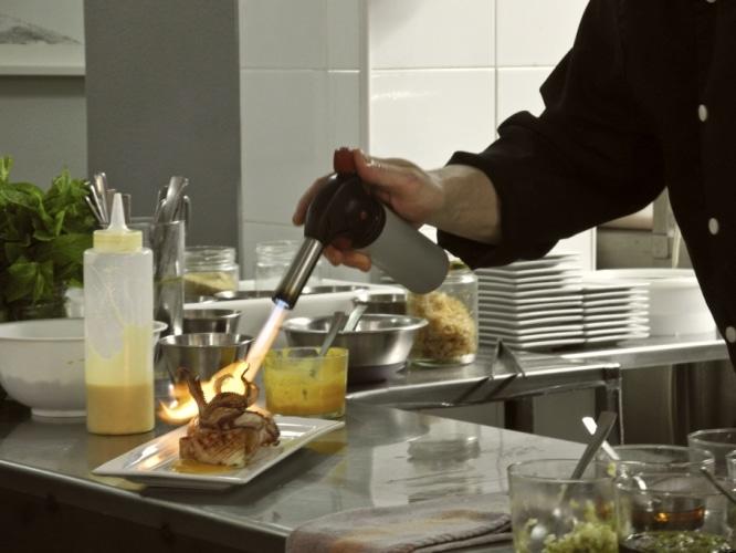 De tapeo por un barrio de valencia comer en el carmen for La comisaria restaurante valencia