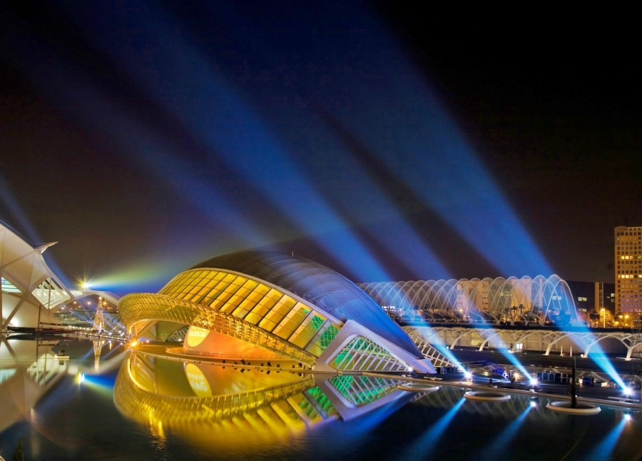 valencia-at-night