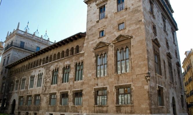 portadaPalau_de_la_Generalitat-_Valencia