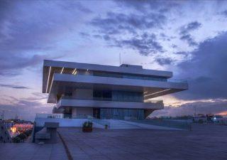 El Puerto de Valencia, una zona renovada y por descubrir