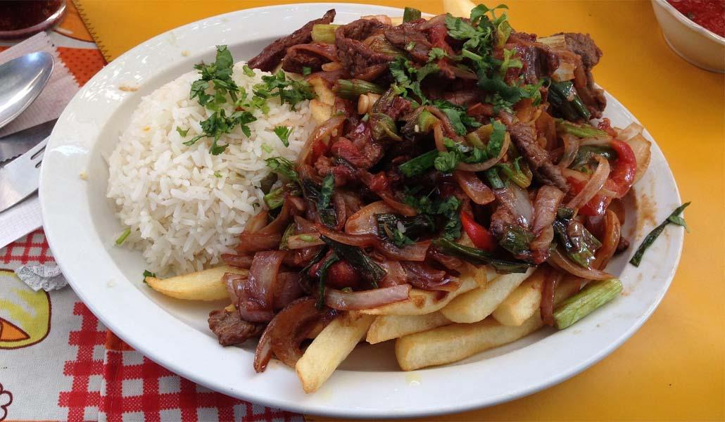 Para comer de la pitimitri: los mejores peruanos de Valencia