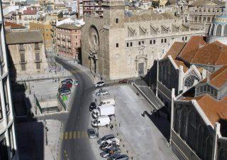 La historia tras la Plaza de la Ciudad de Brujas