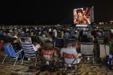 Todo en uno: playas con cine para este verano
