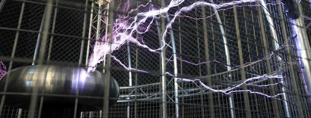 Expo_Tesla_TeatroElectricidad