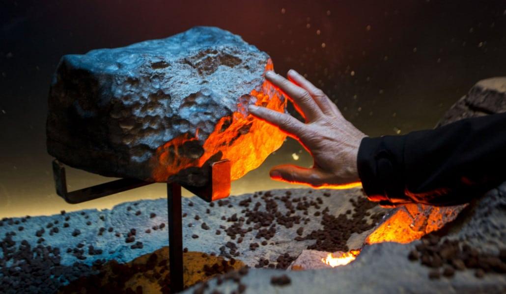 Meteorito En Valencia: Un Meteorito De 33 Kilos Y Otras Cosas Que Podrás Ver En