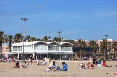 playa malvarrosa buen tiempo