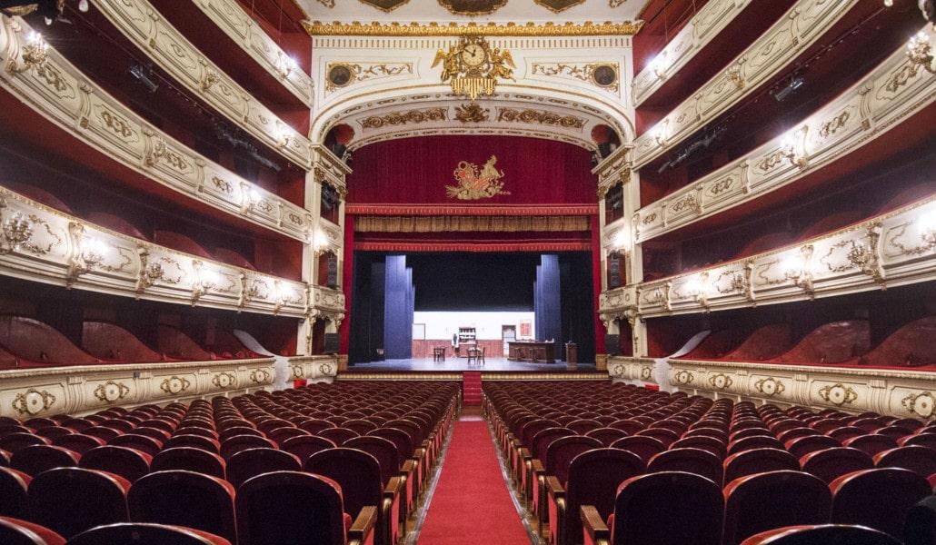 mejores teatros valencia principal